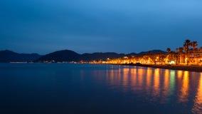 Küstenlinie nachts Stockbilder
