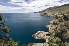 Küstenlinie Nationalparks Tasman, Tasmanien, Australien Stockbild