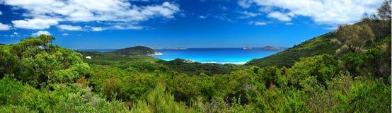 Küstenlinie panoramisch lizenzfreie stockfotografie