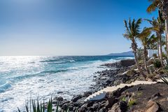 Küstenlinie in Puerto Del Carmen, Lanzarote, Spanien Lizenzfreies Stockfoto