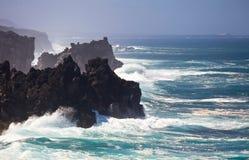 Küstenlinie von Lanzarote Stockfotografie