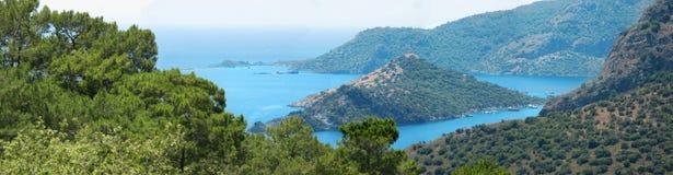 Küstenlinielandschaft des Mittelmeertruthahns Stockbild