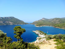 Küstenlinielandschaft des Mittelmeertruthahns Stockfotos