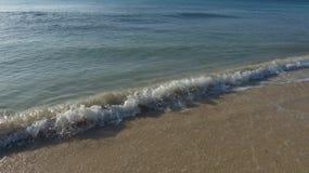 Küstenlinien-Brandung lizenzfreie stockfotografie