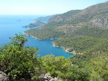 Küstenlinienlandschaft des Mittelmeertruthahns Lizenzfreies Stockfoto