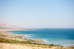 Küstenlinienpanorama des Toten Meers Lizenzfreie Stockbilder