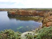 Küstenpark mit hervorragenden Meerblicken und geologischen Funktionen Stockbild