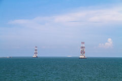Küstenstadt auf dem Meer Lizenzfreie Stockfotos