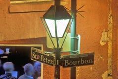 Kąt bourbon i St Peter ulicy, Nowy Orlean, Luizjana obrazy royalty free