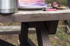 Kąt od Drewnianego Pyknicznego stołu zdjęcia royalty free