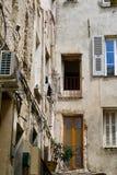 Kąt stary chorobliwy dom obrazy stock