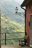 Kąt wioska San Bernardino w Cinque Terre zdjęcia royalty free