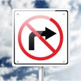 kąta błękitny drogowego znaka odcienia widok szeroki Obrazy Royalty Free
