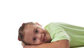Kłamający horizontally dziewczyna fotografującego zakończenie up Obrazy Stock