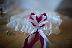 Kłamstwo ślubu koronki biała podwiązka Zdjęcie Stock