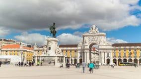 4k商务正方形- Parça timelaspe在里斯本-葡萄牙- UHD做commercio 股票视频