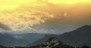 4k布达拉宫早晨,拉萨,西藏 timelapse覆盖飞过 股票视频