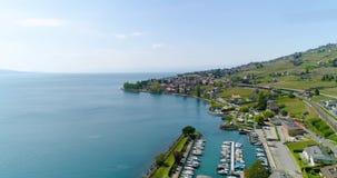 4K葡萄园领域空中英尺长度在Terrasses在洛桑附近的de拉沃葡萄园梯田在瑞士 股票录像