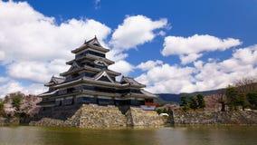 4K马塔莫罗斯城堡,长野,日本Timelapse在春季的 股票视频
