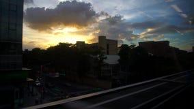 4K, άποψη κτηρίων πόλεων της Ταϊπέι από τα παράθυρα του μετρό απόθεμα βίντεο