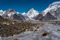 K2 αιχμή βουνών, δεύτερη πιό gifhest αιχμή στον κόσμο, Karakorum, Π Στοκ Εικόνες