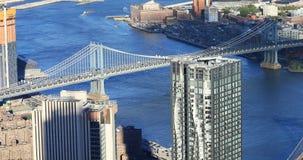 4K εναέρια άποψη UltraHD των γεφυρών του Μπρούκλιν και του Μανχάταν απόθεμα βίντεο