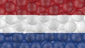 4K οι σφαίρες ποδοσφαίρου αφορούν κάτω ένα λευκό και διαμορφώνουν μια ολλανδική σημαία ελεύθερη απεικόνιση δικαιώματος
