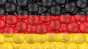 4K οι σφαίρες ποδοσφαίρου αφορούν κάτω ένα λευκό και διαμορφώνουν μια γερμανική σημαία ελεύθερη απεικόνιση δικαιώματος