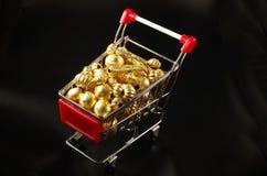 24k ο χρυσός διακοσμεί την αντίκα με χάντρες Στοκ Εικόνα