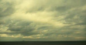4k παράκτιο σύννεφο ακτών παραλιών που η ωκεάνια επιφάνεια κυμάτων θαλάσσιου νερού φιλμ μικρού μήκους