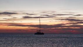 4K χρονικό σφάλμα του ηλιοβασιλέματος Koh στην παραλία Chang απόθεμα βίντεο