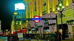 4K изумляя знак цирка Лондона Picadilly подземный сток-видео