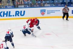 K Ashton (9) gegen M Afinogenov (61) Lizenzfreie Stockbilder