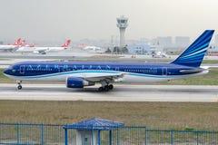 4K-AZ81 Azal阿塞拜疆航空公司,波音767-32L (ER) 图库摄影