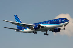 4K-AZ81 Azerbaijan Airlines Boeing 767-32L Images stock