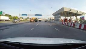 4K che guida sulla strada principale, superstrada della città di Bangkok video d archivio