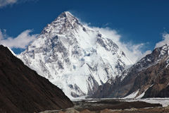 K2 - a cimeira em segundo a mais alta no mundo foto de stock
