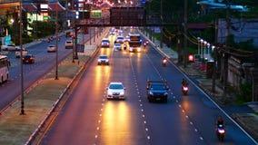 4K clips vidéo, le trafic dense à la route principale terre 2019 de Phuket, Thaïlande clips vidéos