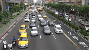 4k, coches paró en el tráfico la congestión del atasco de la ciudad de Taipei almacen de video