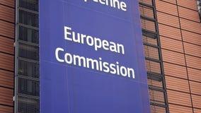 4K Commissione Europea, parte anteriore dell'edificio di Berlaymont a Bruxelles centrale video d archivio