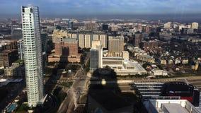 4K de Luchtmening van UltraHD van de stadscentrum van Dallas stock videobeelden