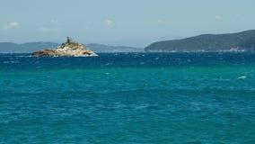 4K de video van de tijdtijdspanne van het overzees in Padulella, Elba, Italië stock videobeelden