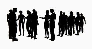4k een groep Bedrijfsmensen silhouetteert het spreken stock illustratie