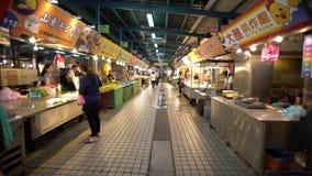 4K, el viajar del mercado callejero tradicional con el diferente tipo coloca la comida metrajes