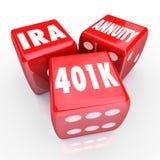 401K IRA Annuity Words 3 risparmi rossi di investimento di rischio di fortuna dei dadi Immagine Stock