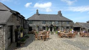 4K: Jamaica Inn made famous by Daphne du Maurier. Jamaica Inn is a traditional inn on Bodmin Moor in Cornwall, England UK made famous by TV and Books stock video