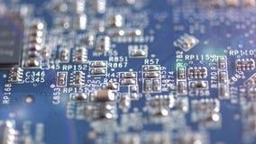 4k - Kringsraad met elektrische componenten stock footage