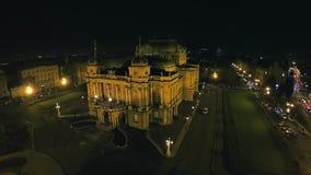 4K Kroatisch nationaal theater in Zagreb - antenne stock footage