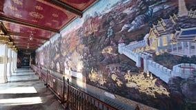 4K la pintura en la historia del ramayana de la pared en Emerald Buddha Wat Phra Kaew metrajes