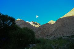 K2 śladu trekking teren, Karakoram pasmo, Pakistan, Azja Obrazy Stock